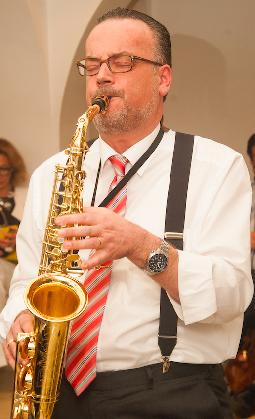 Ulrich H.Brunnhuber
